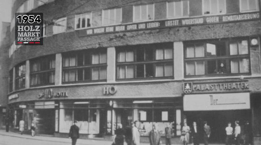 1954 – Der Holzmarkt ist wieder das Zentrum