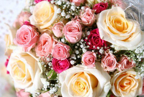 Blumensträuße und Grabgestecke